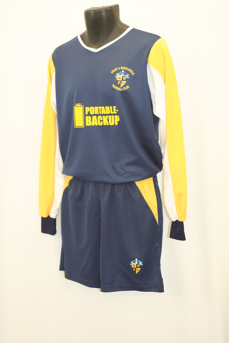 Long sleeved Football Kit